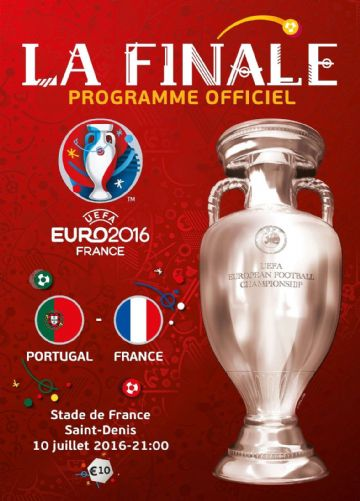Euro 2016 Final official match programme France v Portugual - French language edition